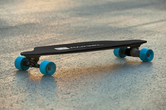 Marbel smart skateboard